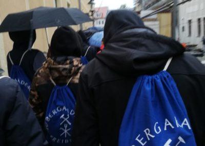 Freiberg im Regen, aber der Rucksack sitzt.