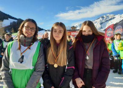 Skilager; 2020; 12